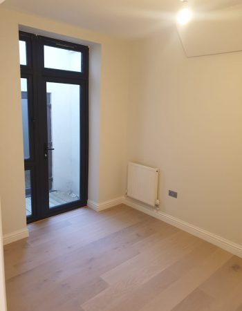 New build (3 flats) e
